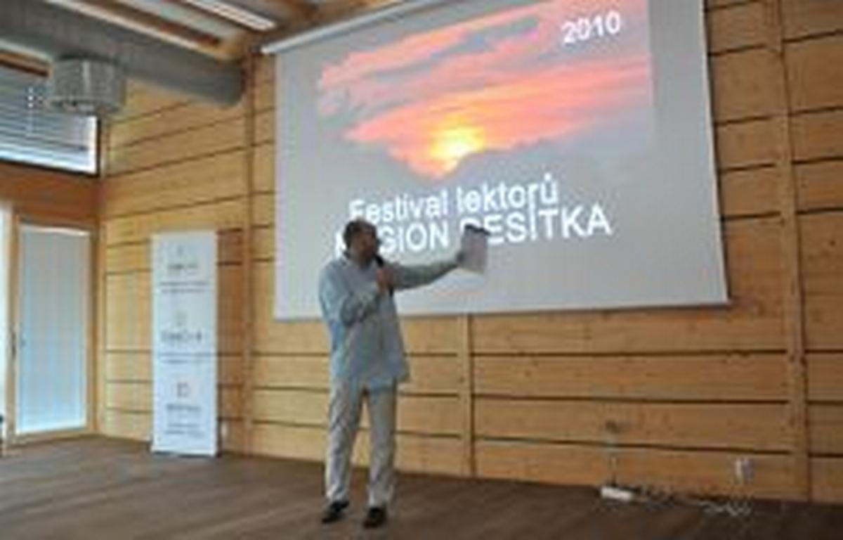 Festival lektorů - Magion Desítka
