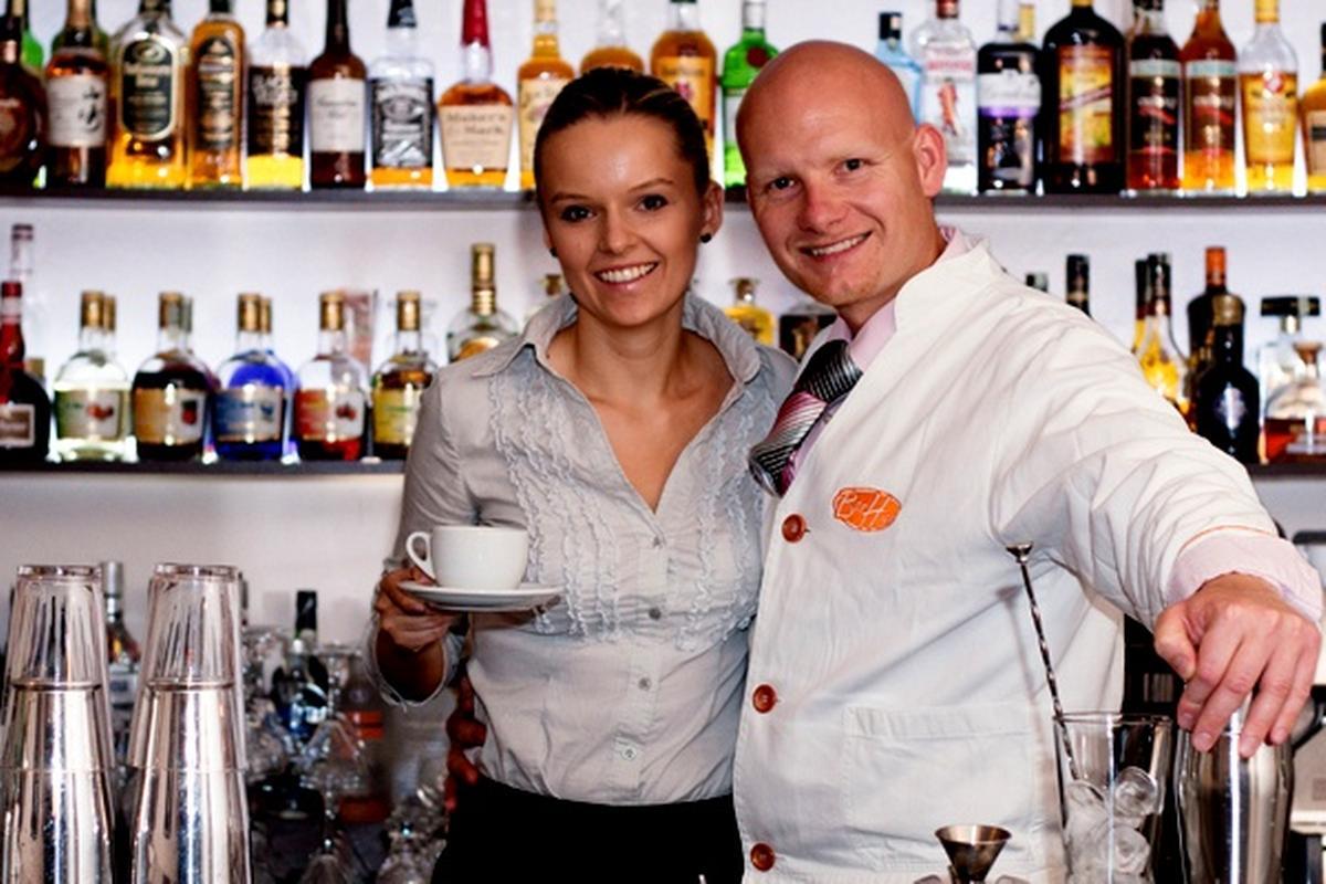 Radim Janoušek, Andrea Janoušková, Bar high