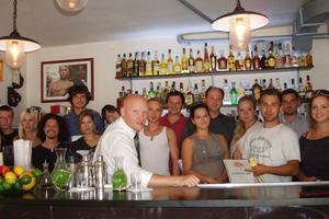 Radim Janoušek s absolventy Barového insitutu Bar High
