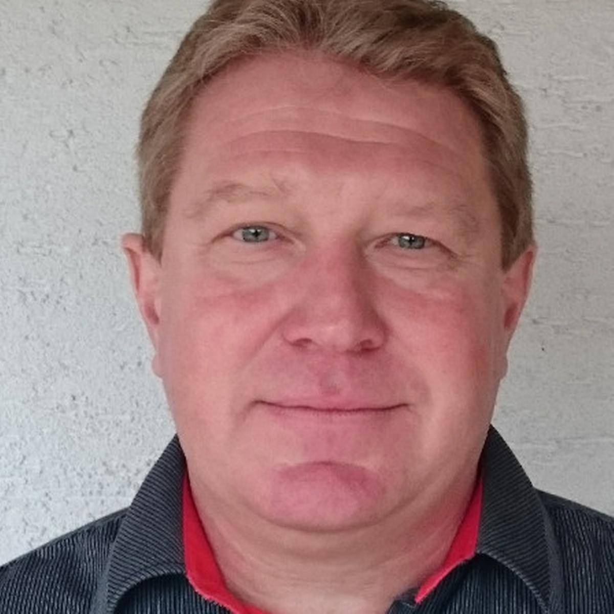 PaedDr. Vlastimil Pecha - nezávislý konzultant, kouč, moderátor, poradce a trenér