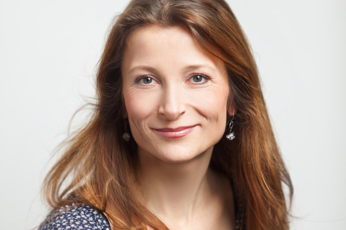 Lenka Macková, Sky Select