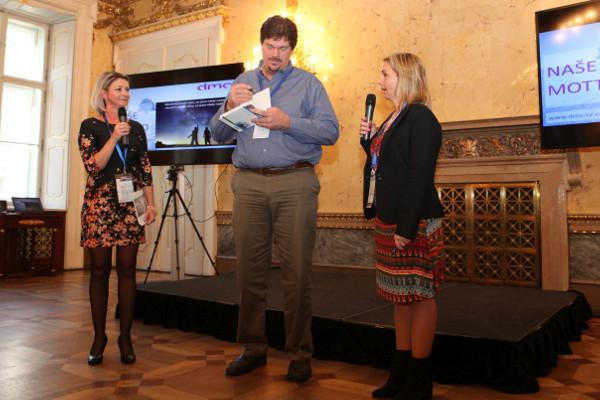 David Meier podepisuje český překlad knihy Toyota Talent