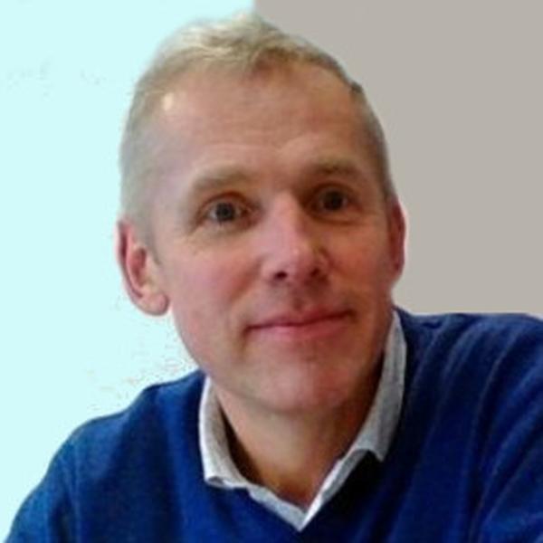 PhDr. Milan Hutta, APAS akademie osobního rozvoje