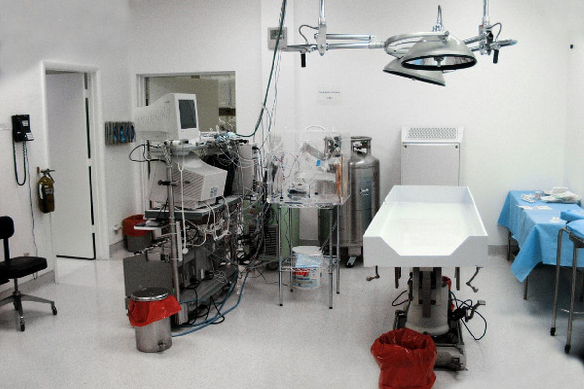The Alcor operating room. Photo: http://www.alcor.org/press/mediaphotos.html