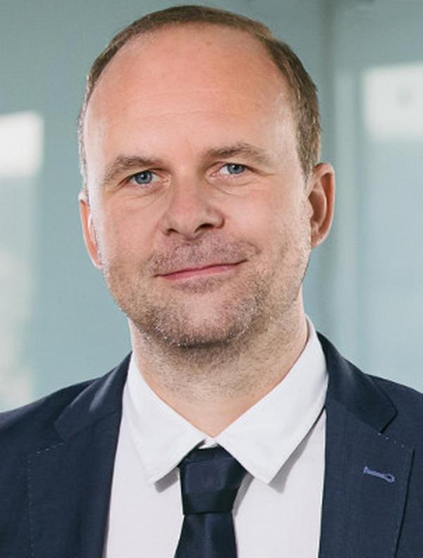 Marek Bališ, KPMG