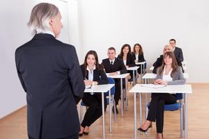 Vzdělávání zaměstnanců jako zisková záležitost: Počítáme návratnost investic do školení (1/2)