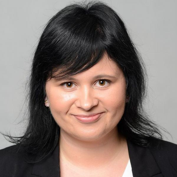 Lucia Trojáková, E-Consulting Czech