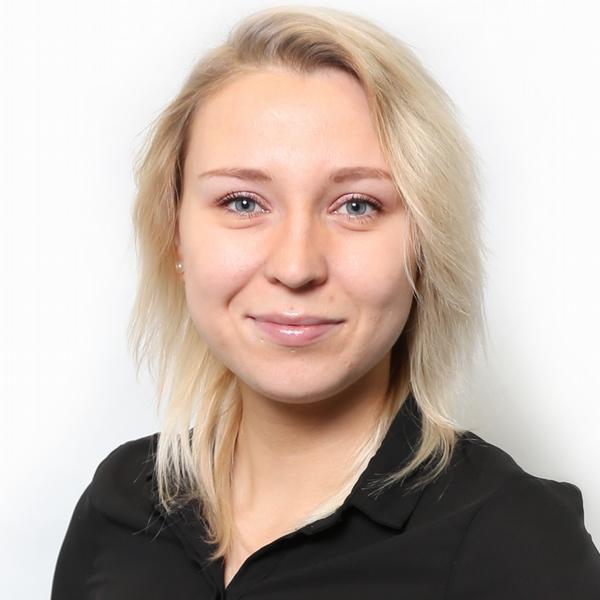 Hana Slačálková, PERFORMIA, spol. s r.o.