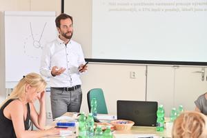 Lektor Milan Tomeš na kurzu Efektivní asistentka manažera, ICT Pro